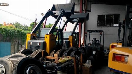 Skid Loader -- Other Vehicles -- Quezon City, Philippines