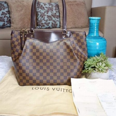 Louis Vuitton -- Bags & Wallets Quezon City, Philippines