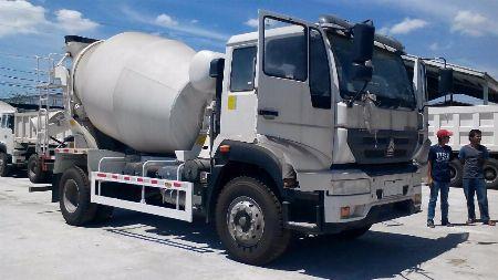 mixer -- Trucks & Buses Metro Manila, Philippines