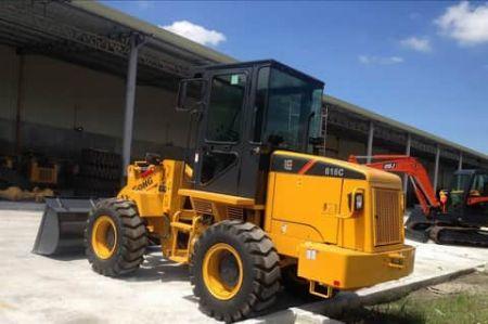 heavy equipments -- Trucks & Buses -- Pampanga, Philippines