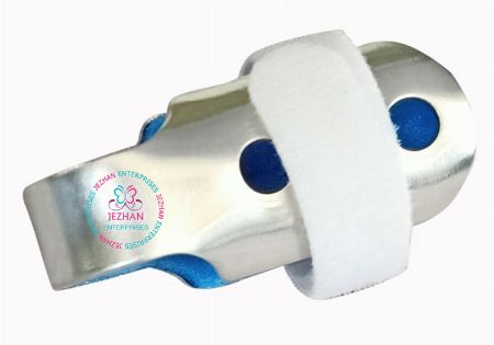 Finger Splint  Small -- All Health and Beauty -- Quezon City, Philippines