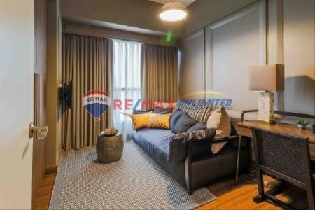 2 BR Unit at Shang Salcedo Place For Sale -- Condo & Townhome -- Metro Manila, Philippines