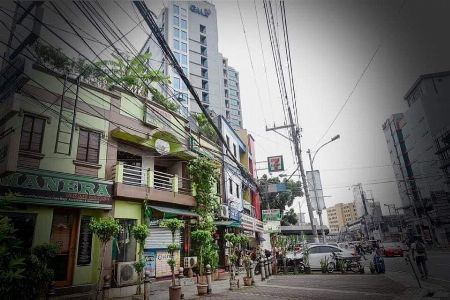 #preowned #bighouse #rfo #commercialspace -- House & Lot -- Quezon City, Philippines