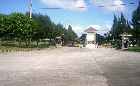 METROPOLIS GREENS  GOVERNOR'S DRIVE, GEN. TRIAS, CAVITE -- Land -- Cavite City, Philippines