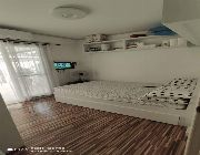 Las Pinas 2 BR unit w/ garden for sale in BF -- Apartment & Condominium -- Paranaque, Philippines