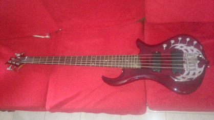 bass guitar, bass amp, guitar accessories, headphone amp, -- Guitar & String Instruments -- Lipa, Philippines
