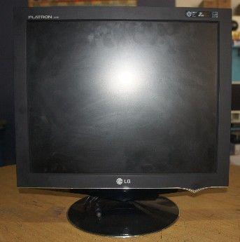 17 lcd lg black monitor, -- Computer Monitors and LCDs Cebu City, Philippines